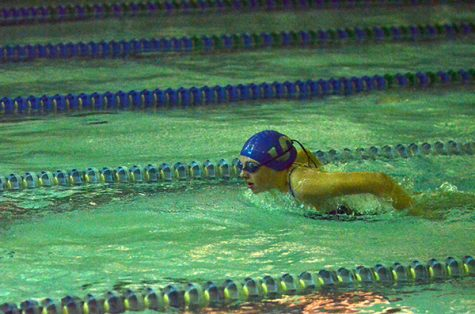 Girls swim and dive qualifies six to State